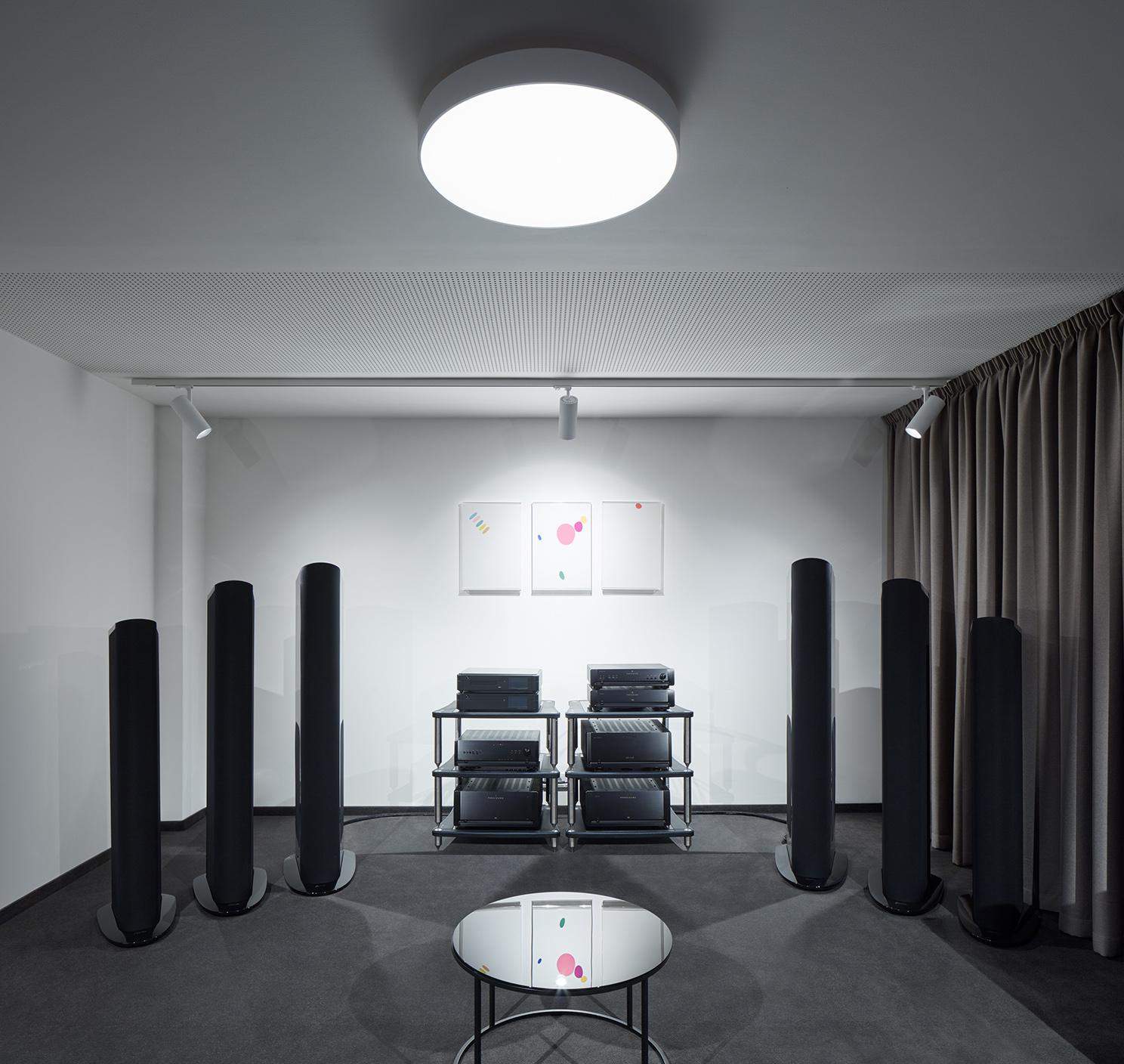 VOIX_BoysPlayNice_13_Barbora_Leblova_Interiors_Architecture